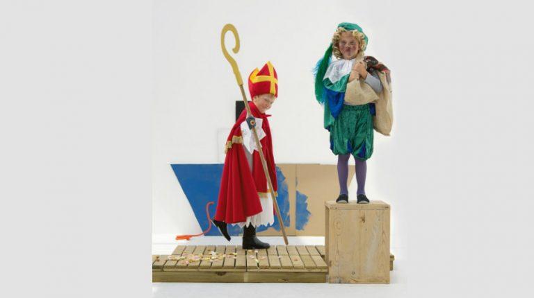 Sint- en Pietenpakken maken