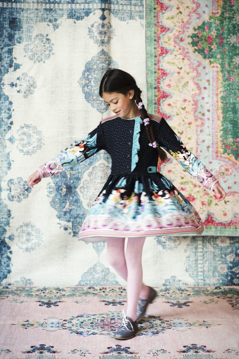 Inzending van de week   Folklore jurk – KNIPPIE 4 2017